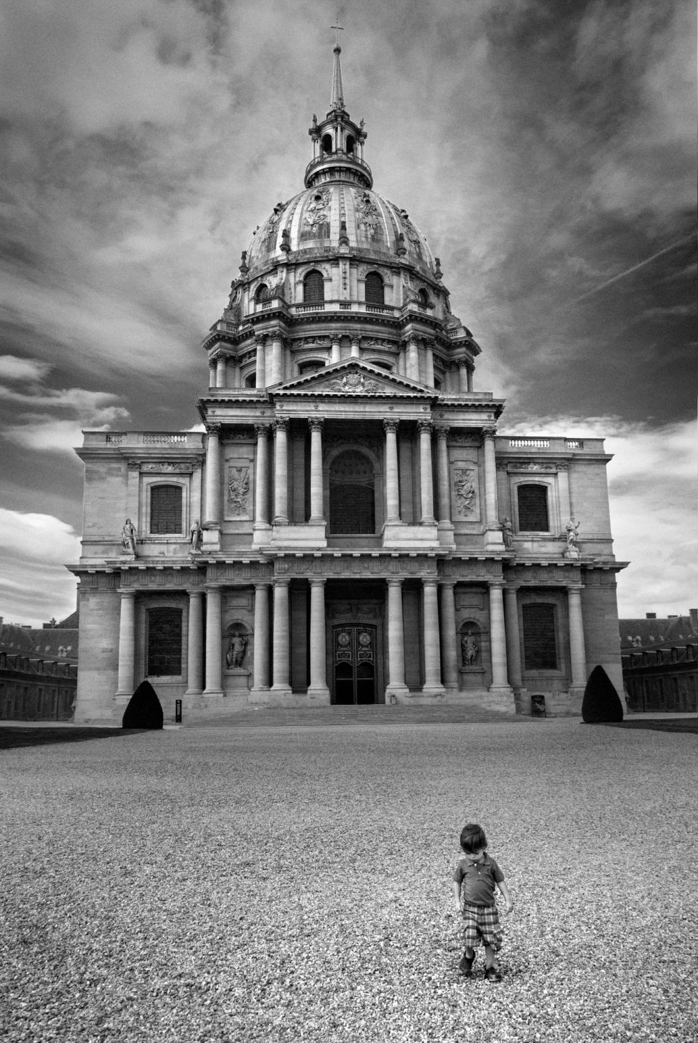 paris les invalides et les petits graviers christophe lecoq. Black Bedroom Furniture Sets. Home Design Ideas
